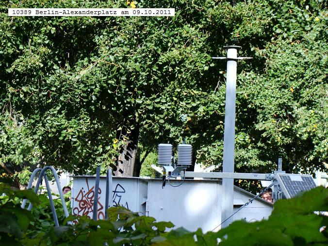 http://www.wetterdiagramme.de/wetterstationen/WMO-D/10389%20BERLIN-ALEXANDERPLATZ%202011.JPG